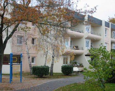 Appartement T1BIS TRELAZE 49800 RESIDENCE LOUIS FOREST - 0211-