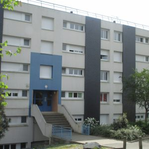 0105-0055 - RESIDENCE LES ROQUETTES - 49500 - SEGRE 2
